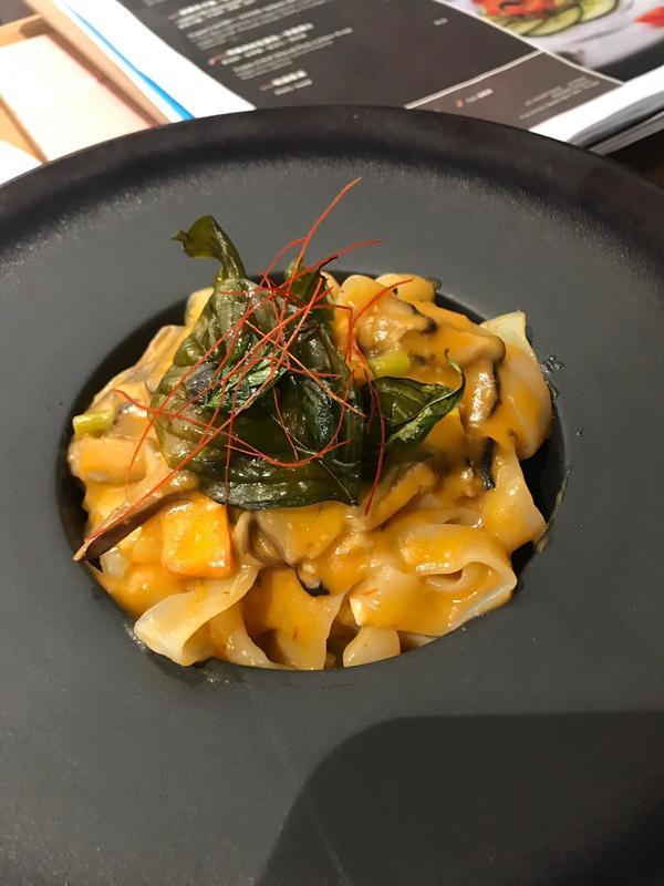 Foodie 食評 尖沙咀 Hong Kong hk 香港 玩樂活動 厚福街素食之選:2DP 適合 1 至 6 人