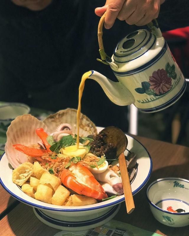 Foodie 食評 銅鑼灣 Hong Kong hk 香港 玩樂活動 Mee...lemongrass:特大碗海鮮喇沙摻摻 適合 1 至 4 人