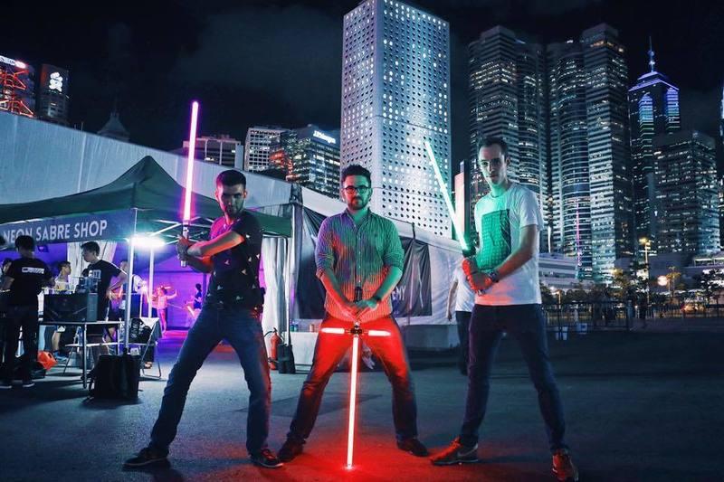 新穎室內運動 / 室內玩樂 荔枝角 Hong Kong hk 香港 玩樂活動 真實版星球大戰-專業激光劍! 適合 1 至 40 人