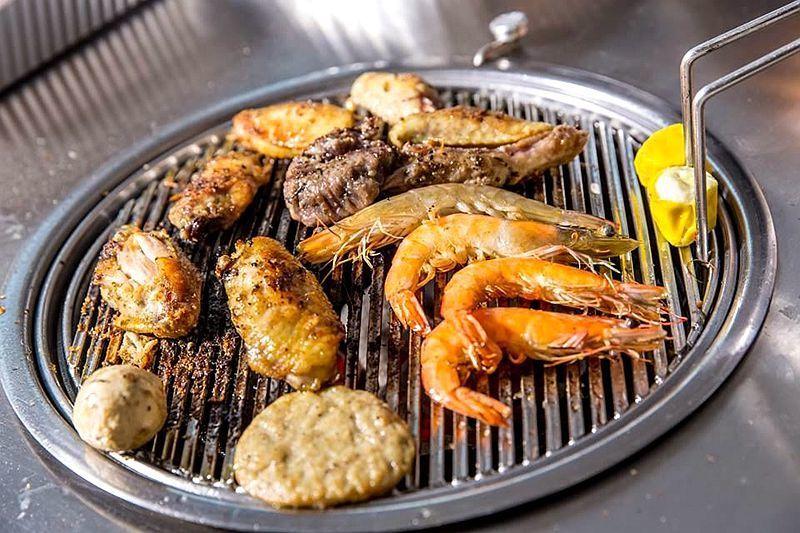 戶外玩樂 天水圍 Hong Kong hk 香港 玩樂活動 花田韓式燒烤場 適合 0 至 100 人