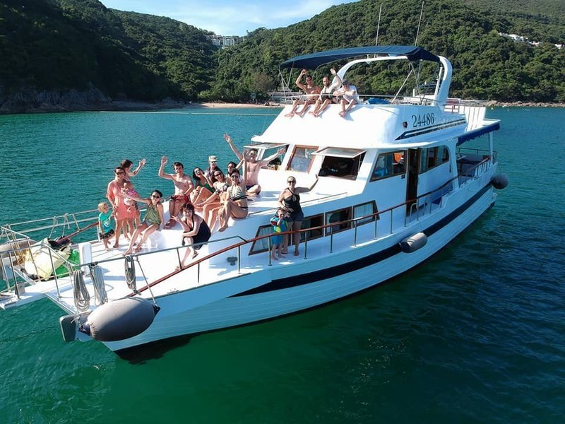 Hong Kong hk 香港 玩樂雜誌 【第一次搞船P詳細教學】預訂遊艇須知和解答新手必問問題(持續更新)