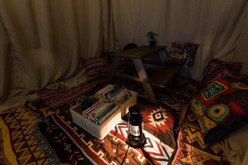 Party Room 銅鑼灣 Hong Kong hk 香港 玩樂活動 The Roomss - Camping 主題房 適合 3 至 6 人
