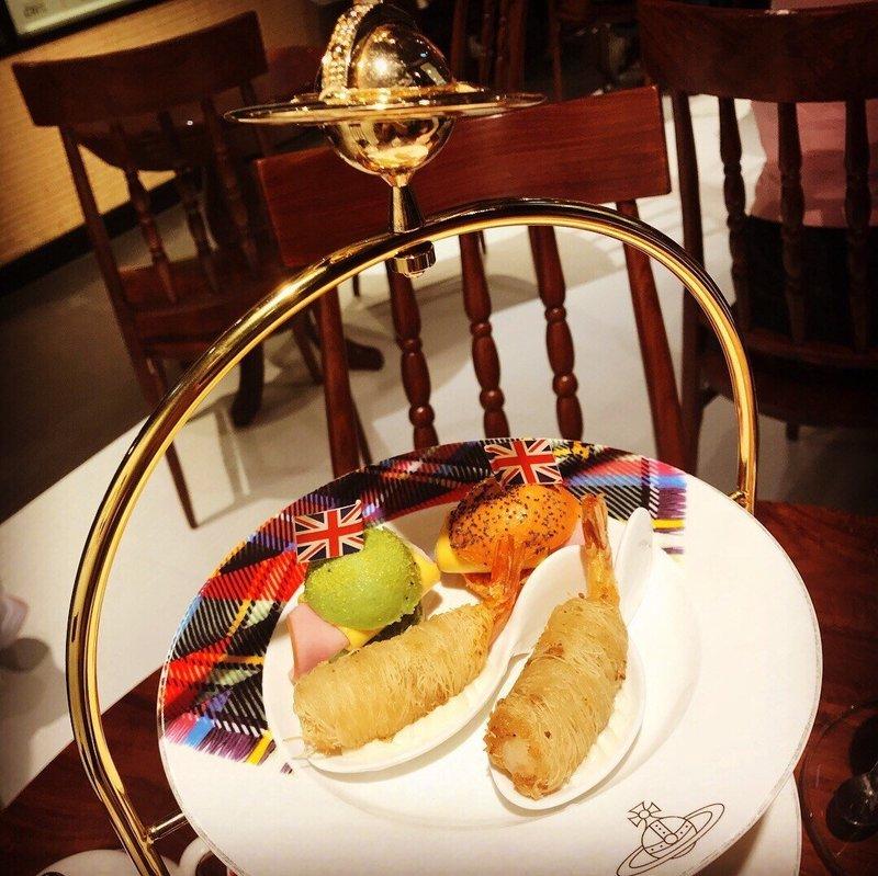 聚會Cafe 尖沙咀 Hong Kong hk 香港 玩樂活動 Vivienne Westwood Cafe 香港店 適合  至  人