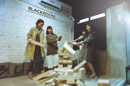 Party Room 銅鑼灣 Hong Kong hk 香港 玩樂活動 場地 Blackroom 2 適合 14 至 60 人