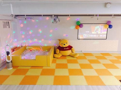 Party Room 長沙灣-荔枝角 Hong Kong hk 香港 玩樂活動 場地 Hula hoops 呼拉圈 Partyroom 適合 10 至 50 人