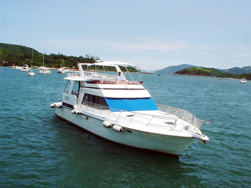 遊艇派對  Hong Kong hk 香港 玩樂活動 場地 43呎 中型遊艇 優遊放鬆好選擇 (26人或以下) 適合 1 至 26 人