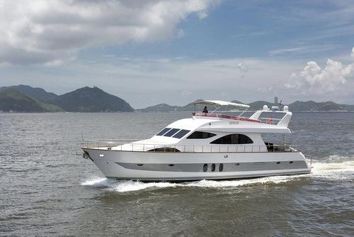遊艇派對  Hong Kong hk 香港 玩樂活動 場地 72呎大型遊艇 多人大船選擇 (48人或以下) 適合 1 至 48 人