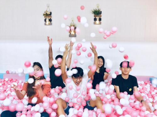 Party Room 新蒲崗 Hong Kong hk 香港 玩樂活動 場地 XOX Party Room 適合 8 至 35 人